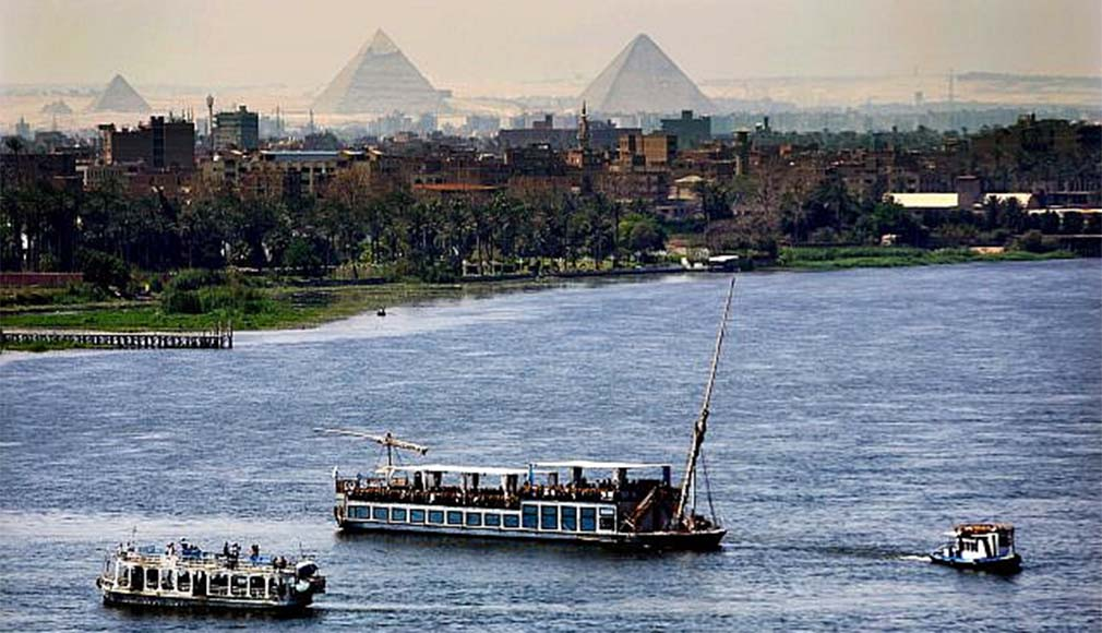 Nile cruises, Cairo